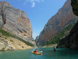 Montrebei kayaks